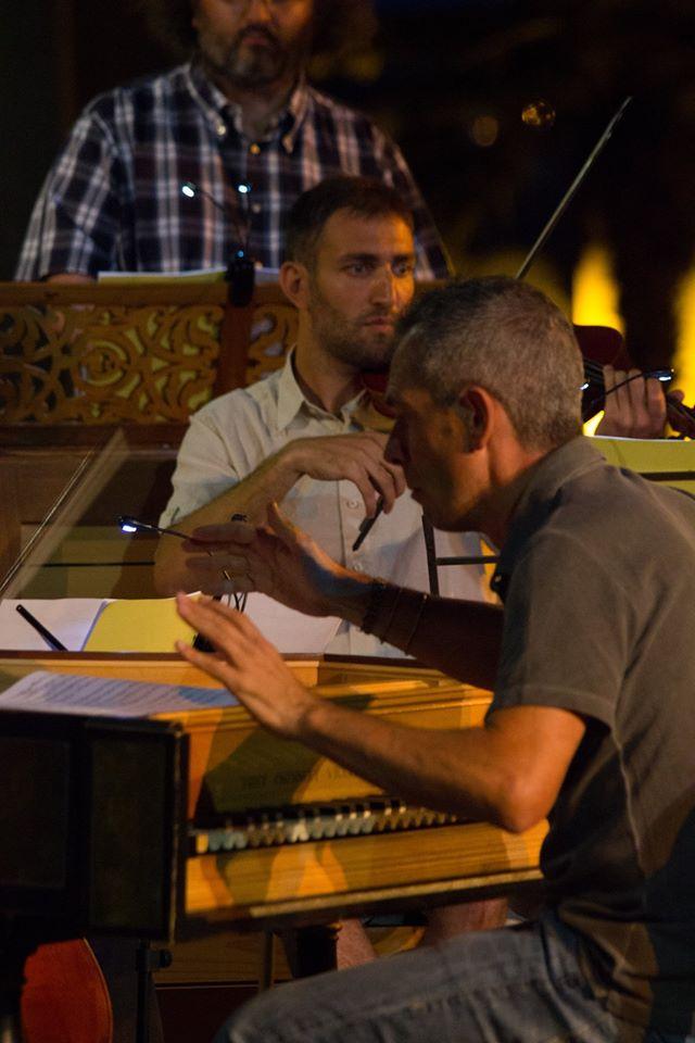 Claudio Astronio, in prova con Simone Ori e tutta l'orchestra