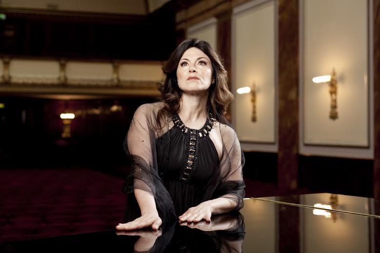 Anna Caterina AntonacciWigmore Hall Live 14 May 2012